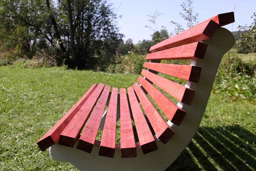 Nützliche Anleitung dafür wie man eine Gartenbank selber